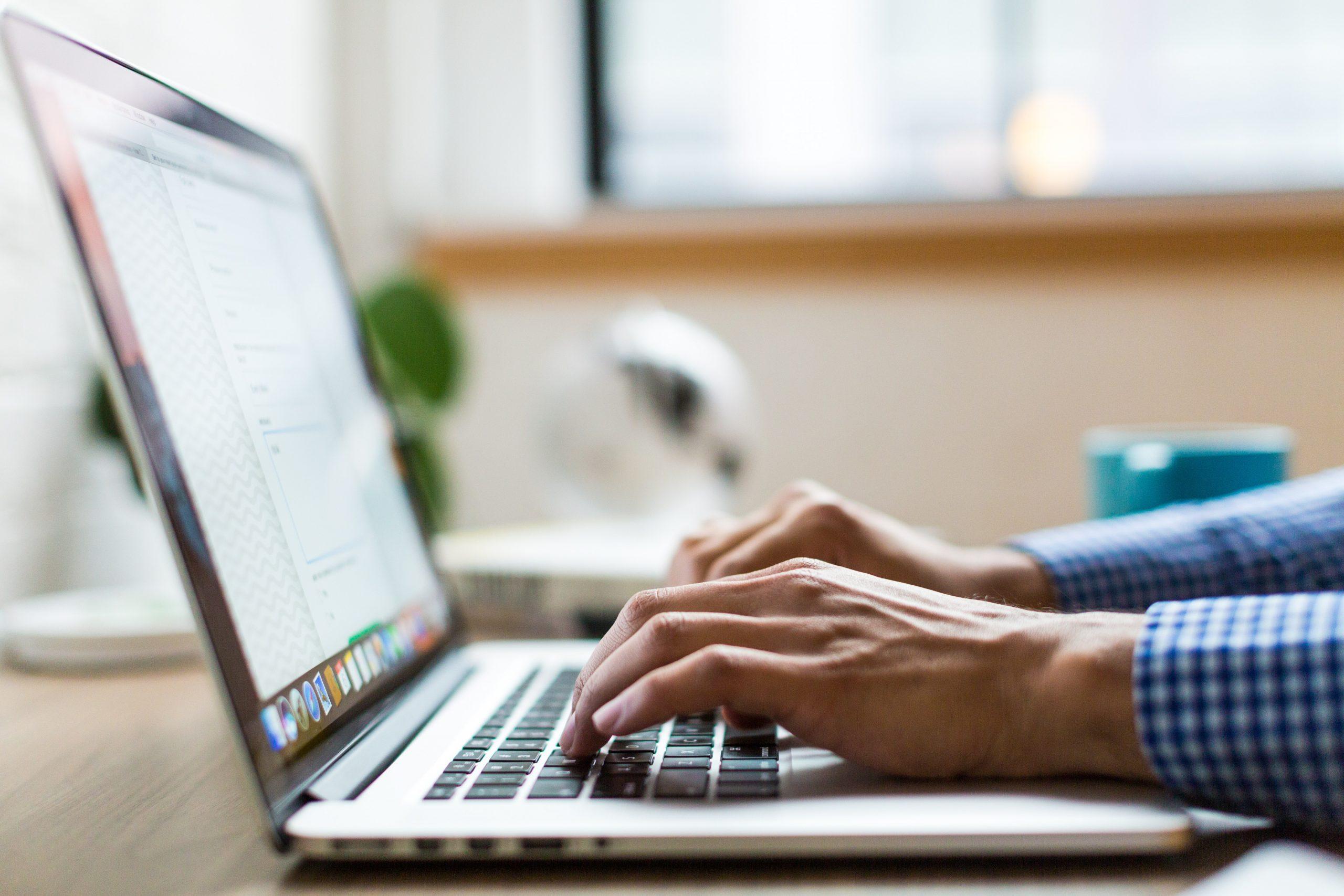 rédaction SEO pour site web et articles de blogue
